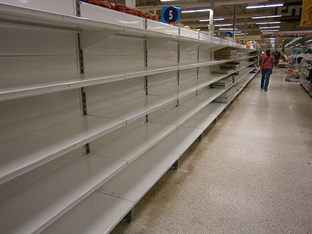Empty shelves in a store in Venezuela due to shortages Escasez en Venezuela, Central Madeirense 8.JPG