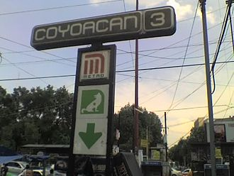 Metro Coyoacán - Outdoor station signs