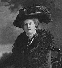 Ethel M Arnold in 1910 (modified).jpg