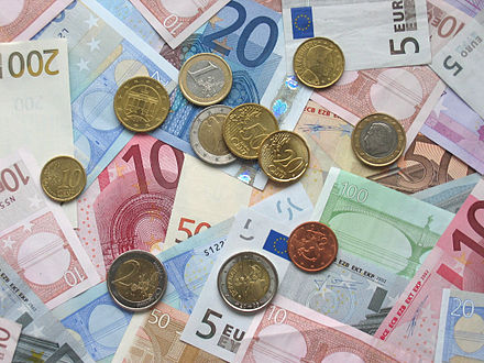 Euro coins and banknotes of various denominations Euro coins and banknotes.jpg