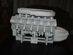 Paper model - Model of a V12 engine.