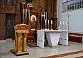 Faristol i altar, església de sant Francesc de Paula del Ràfol d'Almúnia.jpg