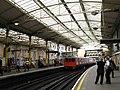 Farringdon station - tube platforms - geograph.org.uk - 937886.jpg