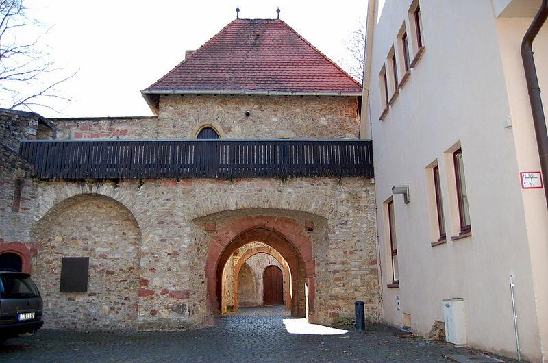 File:Festung Ruesselsheim 03.JPG