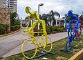 Figura de ciclistas en hierro I.jpg