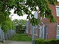 Flintbek - Gitterzaun wie Grenzanlagen an der Akademie für die Ländlichen Räume Schleswig-Holsteins e.V.jpg