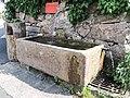 Fontaine.dans le hameau des Basses-Huttes.jpg