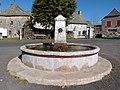 Fontaine à Alpuech.jpg