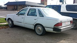 Ford Tempo - Rear view