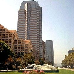 fox plaza di century city kantor pusat 20th century fox merupakan distrik keuangan besar untuk west los angeles