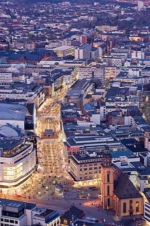 Frankfurt Am Main-Zeil-Ansicht vom Maintower am fruehen Abend-20110328