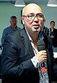Frans Klein directeur televisie NPO in 2015 (cropped).jpg