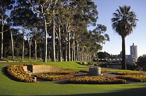 Tourist Drives in Western Australia - Image: Fraser Avenue precinct by D.Blumer