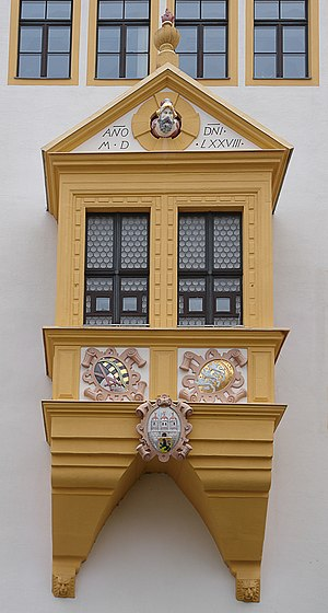 Kunz von Kaufungen - A bay window on Freiberg's city hall displaying the head of Kunz von Kaufungen