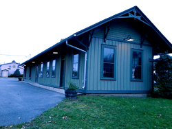 Front View of Holland Patent Railroad Station.png