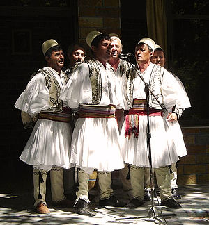 Traditional Albanian clothing - Fustanellë