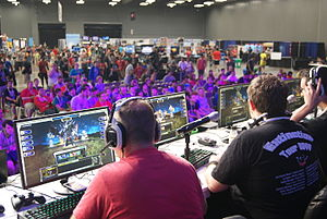 RTX (event) - Competitive gaming in front of a crowd at RTX 2013