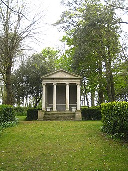 Garden temple in the grounds of Prideaux Place (geograph 2934989)