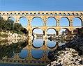 Gardon au pont du Gard.jpg