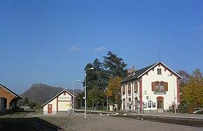 菲雅克-阿尔旺铁路