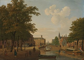 Gezicht op de Houtmarkt te Amsterdam