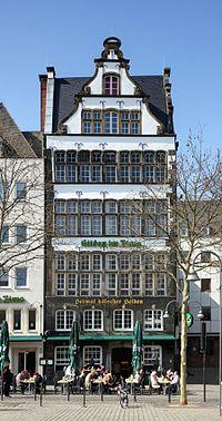 Gilden im Zims Heumarkt 77 Köln (2373-75).jpg