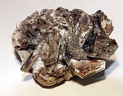 mineral som tillhör glimrarna