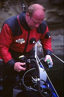 Gordon Smith (inventor) inventor, born 1950