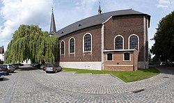 Grez-Doiceau church A.jpg