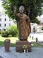 Grodków-pomnik Jana Pawła II.JPG