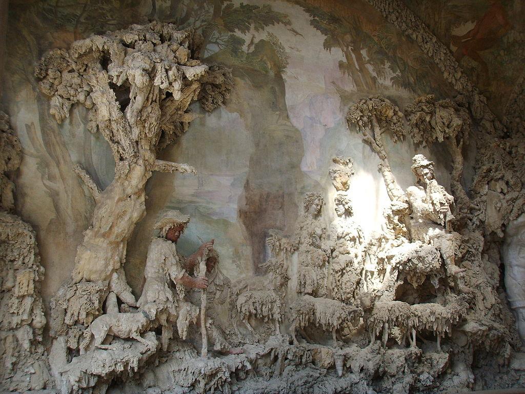 File grotta del buontalenti prima sala 06 jpg wikimedia for Jardines boboli