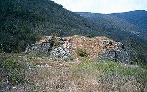 Guiengola - Western pyramid