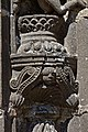 Guimiliau - Enclos paroissial - le portail - Statue du piédroit - PA00089998 - 012.jpg