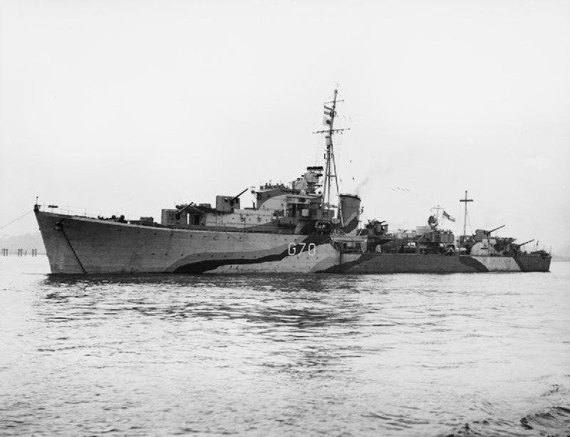 HMS Queenborough (G70) at anchor in 1942