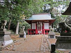 Haiden of Hanabushi-jinja shrine.JPG