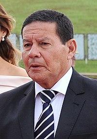 Hamilton Mourão na posse presidencial.jpg