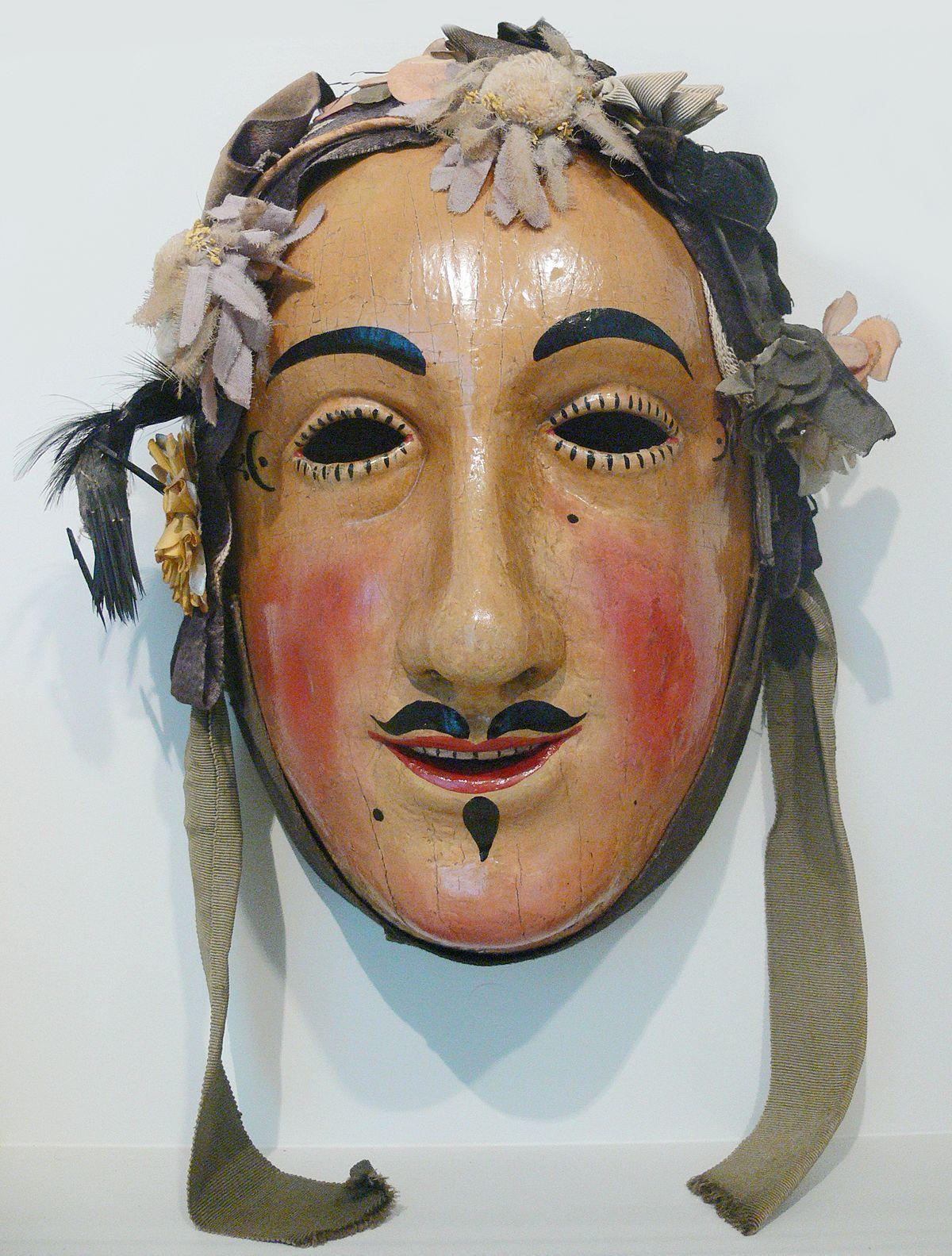 Die Maske für die Person aus den Schnellkraut