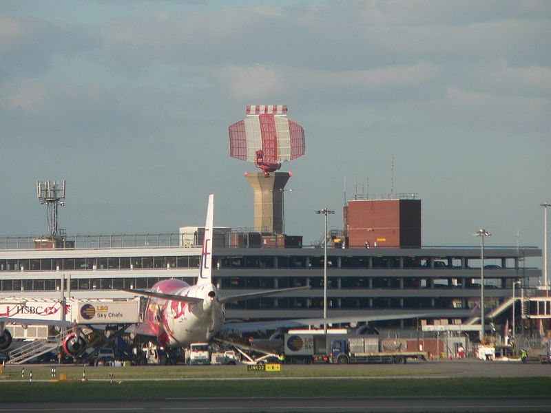 Датотека:Heathrow Airport radar tower P1180333.jpg