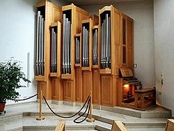 Heidenheim (Brenz), Ökumenisches Gemeindezentrum Mittelrain, Orgel (2).jpg