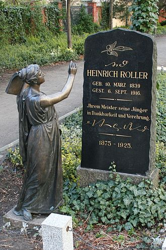 Shorthand - Tombstone of Heinrich Roller, inventor of a German shorthand system, with a sample of his shorthand