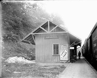 New York and Greenwood Lake Railway (1878–1943) - Image: Hewitt Station