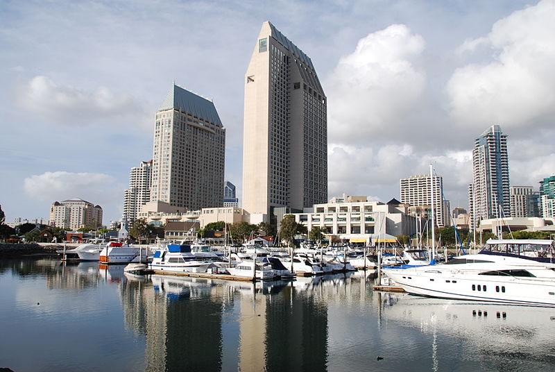 File:High-rises in San Diego, California 5 2014-03-06.jpg