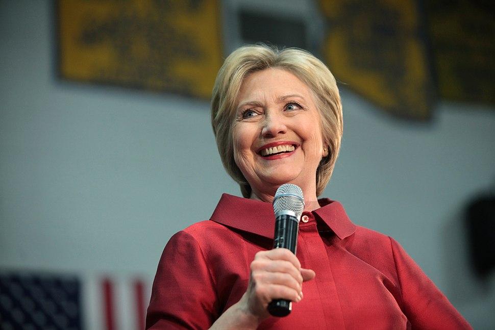 Hillary Clinton Carl Hayden High School in Phoenix, Arizona.jpeg
