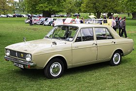 Hillman Minx registered July 1967 1496cc.JPG