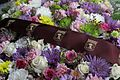 Homenaje en memoria de las víctimas del atentado del 11 de marzo de 2004 en el monumento de Atocha 02.jpg