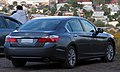 Honda Accord V6 EX-L 2015 (34395504843).jpg