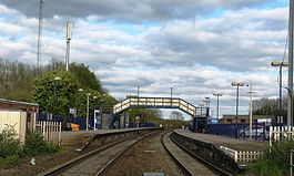 Hungerford station in 2013 - view from level crossing.jpg