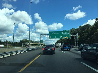 Interstate 95 in Virginia - I-95 northbound at the SR 294 exit near Woodbridge