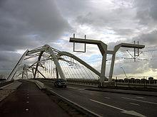 IJburg, Amsterdam, Enneus Heerma bridge.jpg
