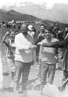Marcia della protesta e della pace organizzata da Danilo Dolci (a sinistra) nel marzo del 1967. Accanto a lui c'è Peppino Impastato.